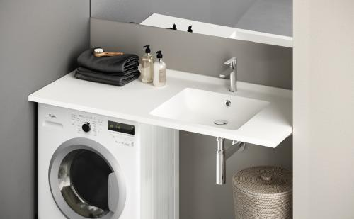 PAA-Silkstone-washbasin-MODO-CREDO-1200x600x25-on-top-of-washingmachine-WEB